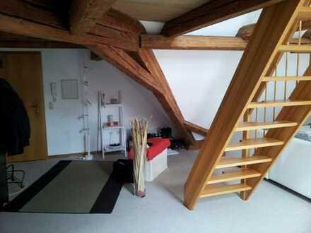 2,5-Zimmer-DG-Wohnung mit Empore in Selb