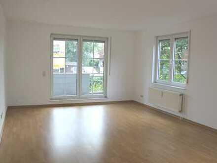 Bild_**großzügige 2-Zimmer-Komfortwohnung mit Balkon in Berlin-Rosenthal**