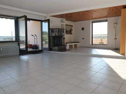 4-Zimmer Penthousewohnung mit Balkon & Dachterrasse in Heimsheim zu vermieten!