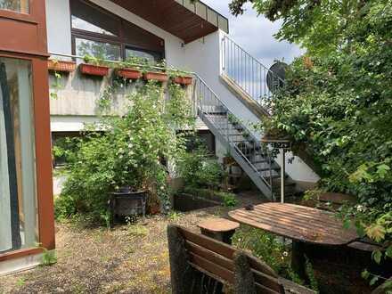 TOP Angebot: 2 Produktionshallen + 2 Fam. Wohnhaus mit Pool und Sauna + 2 Doppelgaragen