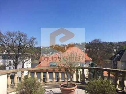 Zentrale Pension in einer denkmalgeschützten Villa nahe der Elbe & dem Schillerplatz!