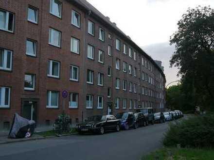 gepflegte 2-Zimmer-Wohnung, ETW, mit Balkon und EBK, frei, in Barmbek-Süd, Hamburg, von Privat