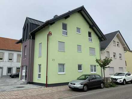 3 Zimmer Wohnung mit Terrasse und Garten in zentraler Lage