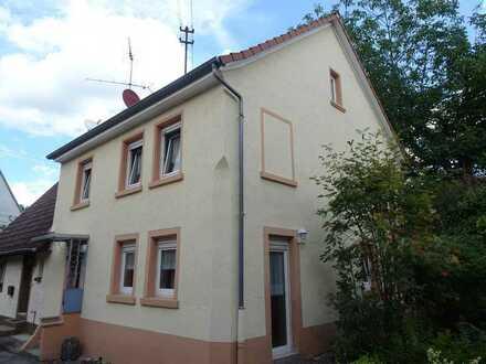 Kleines Einfamilienhaus - zentral und ruhig in Leimen-Mitte