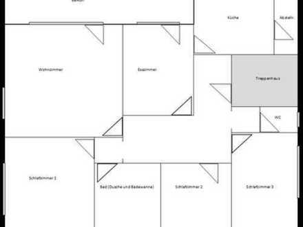 Erstbezug nach Sanierung: freundliche 4-Zimmer-Wohnung mit Balkon in Niederrimsingen