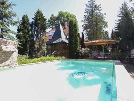 Naturnah und abgeschieden: Energieeffizientes EFH mit Pool und Sauna unweit Dresden