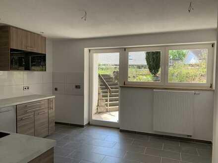 Geräumige und moderne 3 Zimmer Souterrainwohnung in ruhiger Wohnlage mit großer Südterrasse