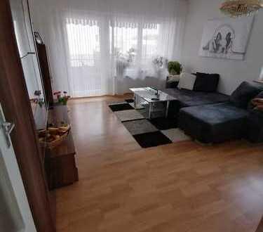 Bildhübsche, komplett modernisierte 2½-Zimmer-Wohnung