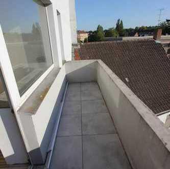 Attraktiv geschnittene 2 Zimmer Wohnung mit Balkon in Dinslakener Innenstadt !