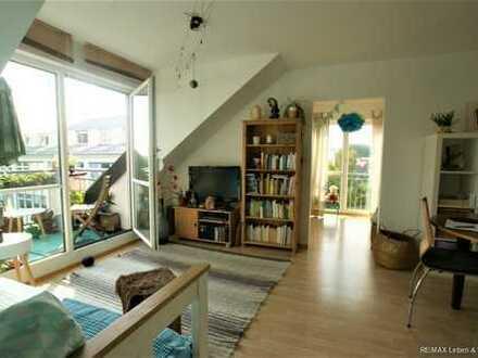 RE/MAX PASING  Schöne 2 Zimmerwohng mit kleinem Balkon und Duplexstellplatz zu vermieten .
