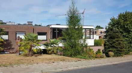 Sanierte 3,5-Zimmer-Erdgeschosswohnung mit Garten in Bochum-Stiepel