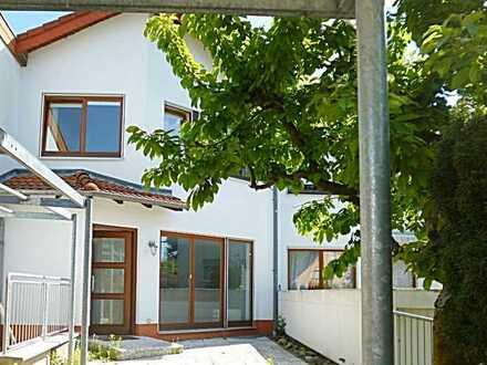 Schönes, Architekten- Reihenmittelhaus in ruhiger Wohnlage in Dreieich