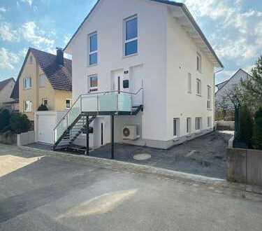 Exklusives Neubau- Haus (135m2) mit Garten und Garage