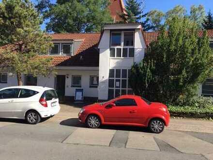 Schöne fünf Zimmer Wohnung in Hannover-Kirchrode