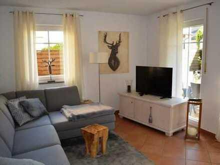 3-ZKB Erdgeschoss-Wohnung mit internem Wohnkeller, Einbauküche, Privatgarten und Duplexparker!
