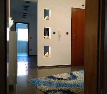 Wertvolle und geräumige Wohnung mit gehobener Austattung. Für Käufer Provisionsfrei!