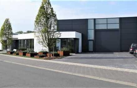 Moderne Gewerbeimmobilie mit großzügigen Ateliers und Büroräumen in Ahaus-Wüllen zu verkaufen