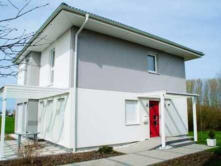 Genießen Sie Ihren eigenen Garten! Großes gemütliches massives Einfamilienhaus in Bonndorf!