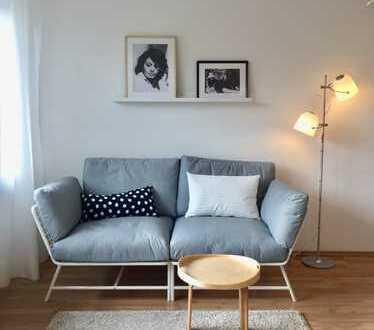 Neu möblierte 1-Zimmer-Wohnung in Esslingen, neu saniert !! mit EBK