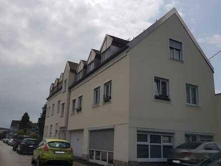 Große, hochwertige 4 Zimmer-DG-Wohnung im Herzen von FFB