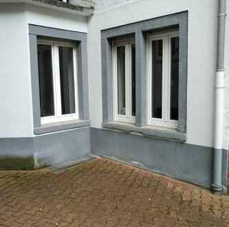 ++1 ZKB++teilmöbliert++Küche++zentrale Lage++ruhig zum Hinterhof