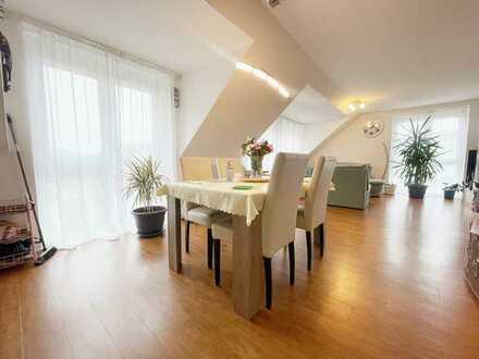 Geräumige 4-Zimmer-Wohnung mit Süd-West-Balkon im Herzen von Obertraubling! Frei ab 01.11.!