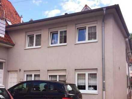 Moderne und geräumige zwei Zimmer Wohnung/Businessapartment/Haus in Karlsruhe- Durlach