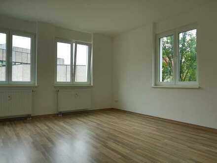 Moderne, geräumige 3-Zimmer-Wohnung im Zentrum