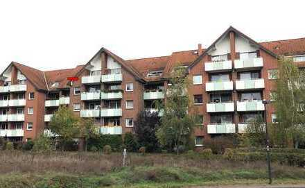 Bezugsfreie Dachgeschoßwohnung zur Südseite mit Balkon/Aufzug - provisionsfrei-