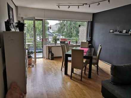 Gepflegte 4-Zimmer-Wohnung mit Balkon und EBK in Kerpen