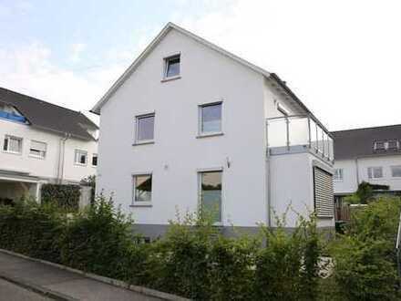 Saniertes, freistehendes Einfamilienhaus in Schönaich - ideal für die Familie!