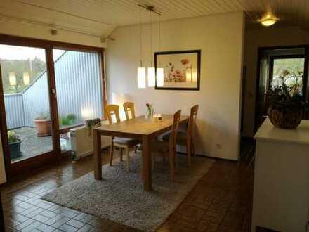 Attraktive 3-Zimmer-Dachgeschosswohnung mit Balkon und Einbauküche in Heuchlingen
