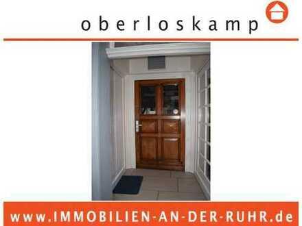 Charmantes Fachwerkhaus mit vermietetem Ladenlokal und freiwerdender Maisonette- Whg., Essen Kettwig