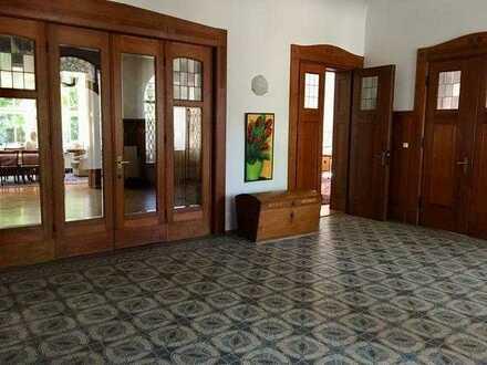 Großes, helles Zimmer Leipzig/Nord in Jugendstilvilla