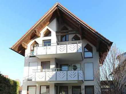 Wunderschöne 3,5-Zimmer-Maisonette-Wohnung mit Balkon und Garage