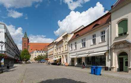 Heinze-Immobilien(IVD): Ruhig gelegene Büroeinheit mit 3 Zimmern im Bernauer Stadtkern zu vermieten