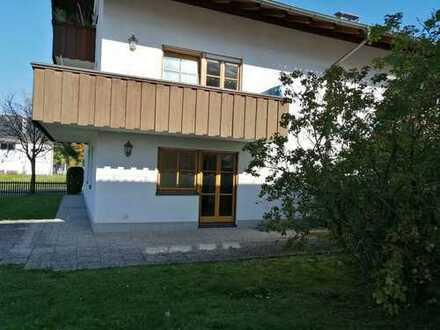 Schöne, geräumige drei Zimmer Wohnung in Rosenheim (Kreis), Edling