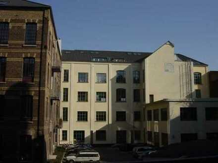 SüdstadtLoft im Dachgeschoss in ruhiger Innenhoflage