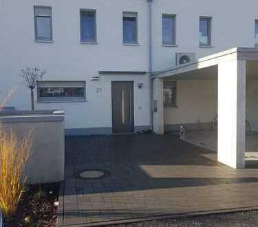 Schönes, geräumiges Haus mit fünf Zimmern in Gütersloh (Kreis), Schloß Holte-Stukenbrock