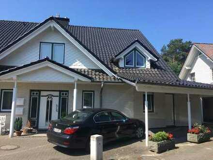 Wunderschön gelegene 5-Zimmer-Wohnung mit Loggia und Garten in Hatten-Sandkrug