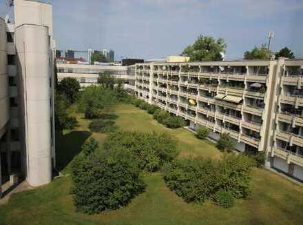 Aussicht zum Hof! Vermietetes Appartement in Berg am Laim!