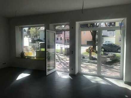 Modernes, neu renoviertes Ladengeschäft, Büro oder Praxis in bester Lage von Buchloe