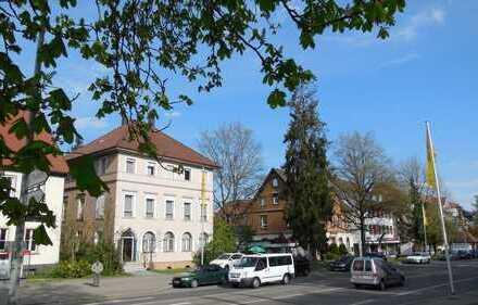 Büroräume Kanzlei/Geschäfts/Praxis/ in bester Lage mit Parkplätzen,evtl.Wohnung.