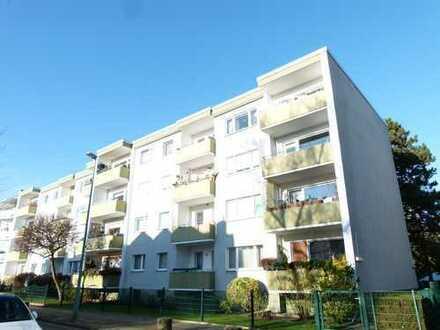 Verwirklichen Sie Ihre Wünsche! Sanierungsbedürftige 2,5 Zimmer Wohnung in Mariendorf!