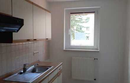 Modernisierte 2-Zimmer-Wohnung mit Einbauküche in Apolda