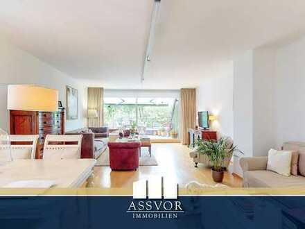 Hochwertig möblierte Zweizimmerwohnung in exklusiver Wohnlage mit Schwimmbad und großen Terrassen