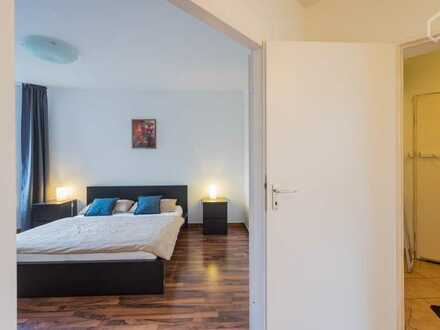 Modernisierte 2-Raum-Wohnung mit Balkon und Einbauküche in Bernau bei Berlin