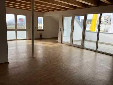 Neubau Erstbezug / Penthouse Wohnung mit Weitblick
