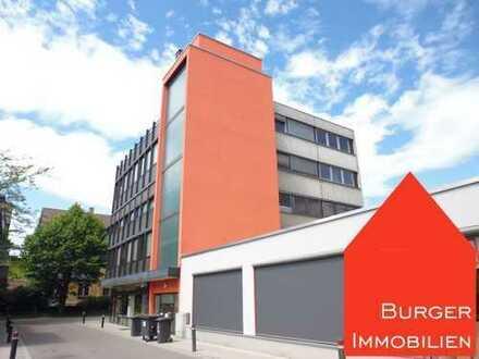 95 m² Praxis- oder Büroräume im 3. OG mit vielen Parkplätzen in bester Lage von Mühlacker zur Miete