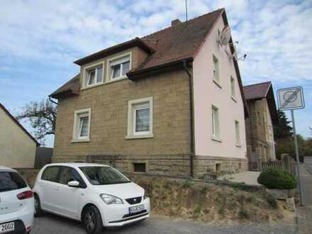 Sulzfeld, schönes EFH renoviert, 124qm, Bj 1938 , neue Heizung, neues Bad,